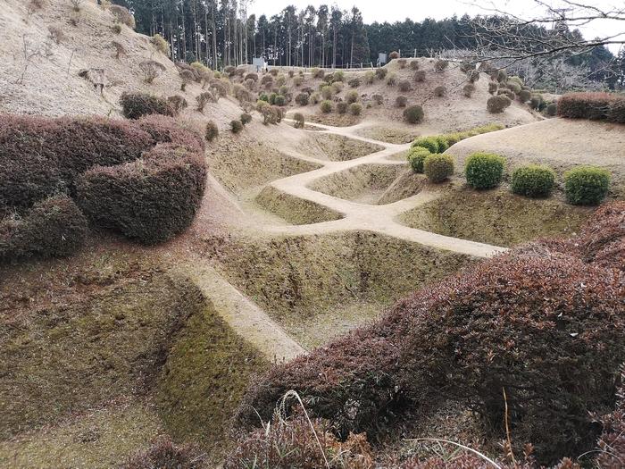 帯曲輪から見た障子堀
