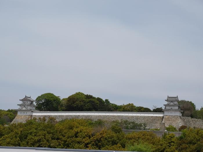 向きが異なる坤櫓と巽櫓