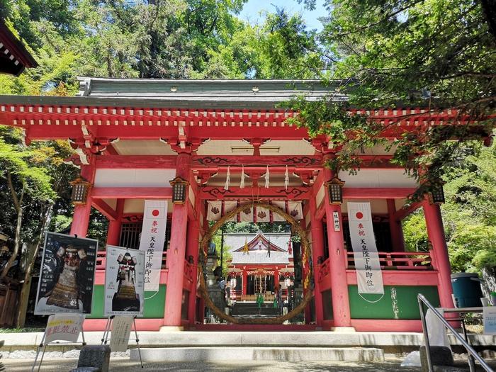 菅田天神社の門