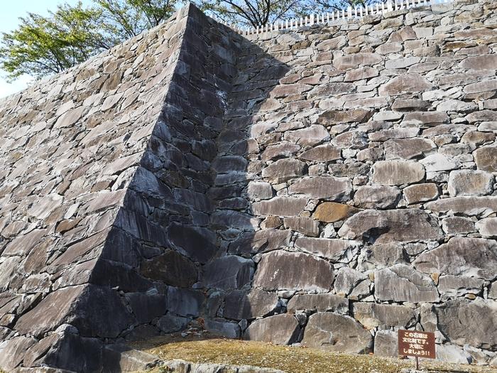 天守曲輪の石垣(3)